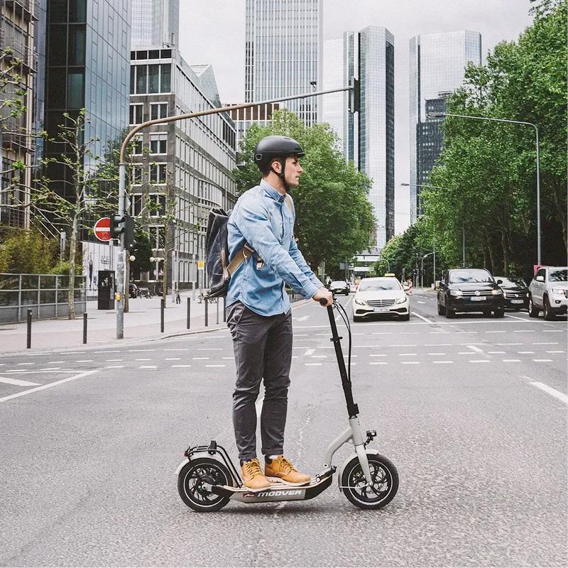moover Erlebnis im Straßenverkehr